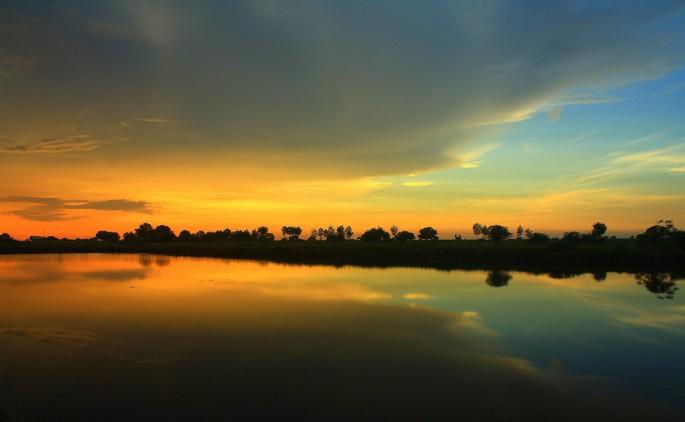 where time sunset still