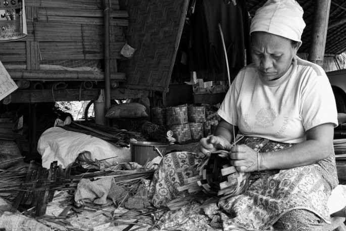 lahu basket weaver the weaving of the basket