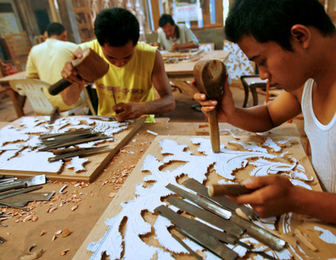 Carving a new future: Jepara furniture industry bounces back after global financial crisis
