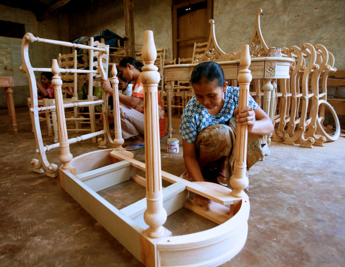 Research leads to certification, more trade for Indonesian furniture-makers